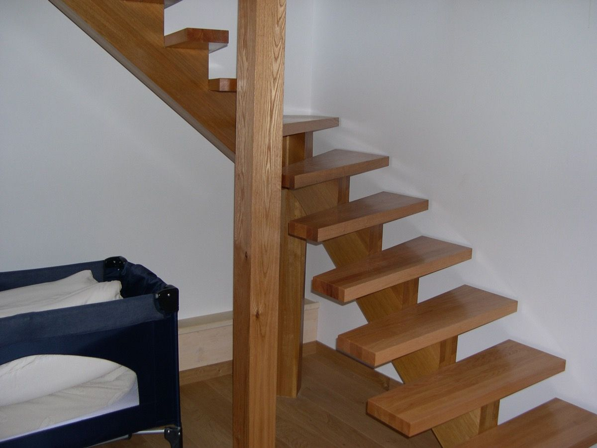 Escalier en bois sans rampe