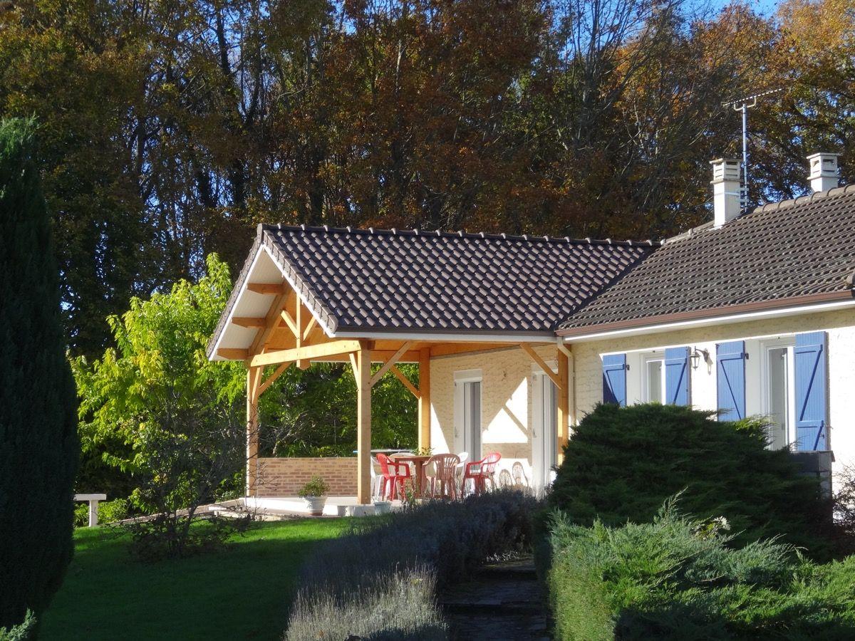 Auvent pour terrasse en bois