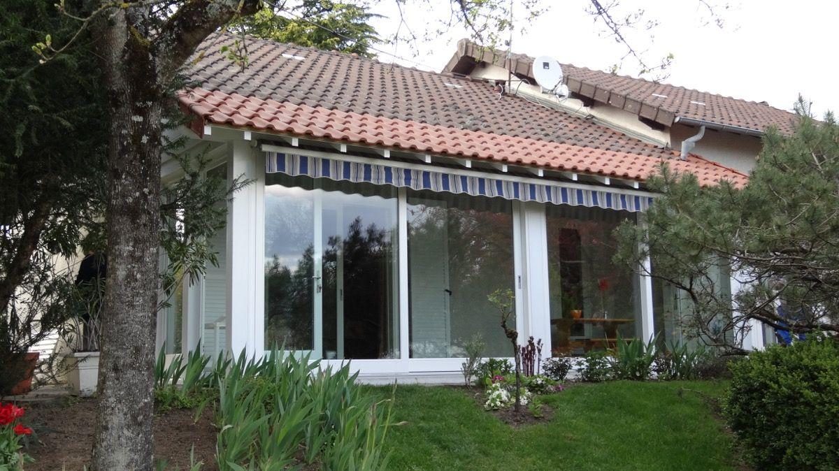 Extérieur baie vitrée en bois